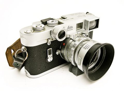 Leica M4, the camera used by Winogrand