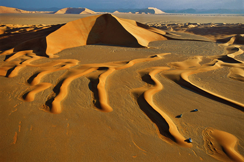 Rub al Khali dunes and star shaped stable dune.
