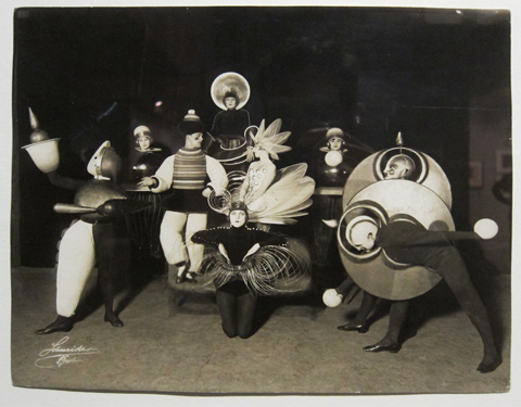 Triadic Ballet dancers and costumes.