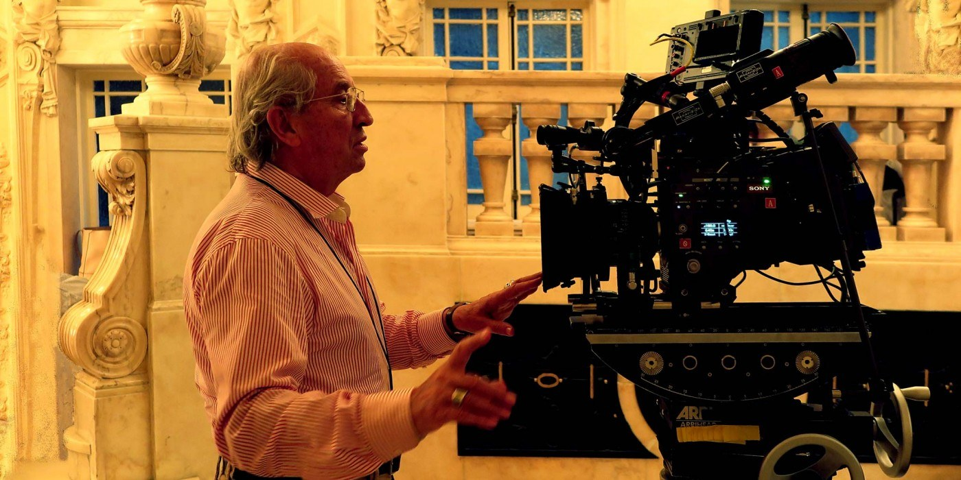 Storaro Examines The Sony F65 Camera Which He Used On His First Digital Feature Caf Society 2016 Written And Directed By Woody Allen