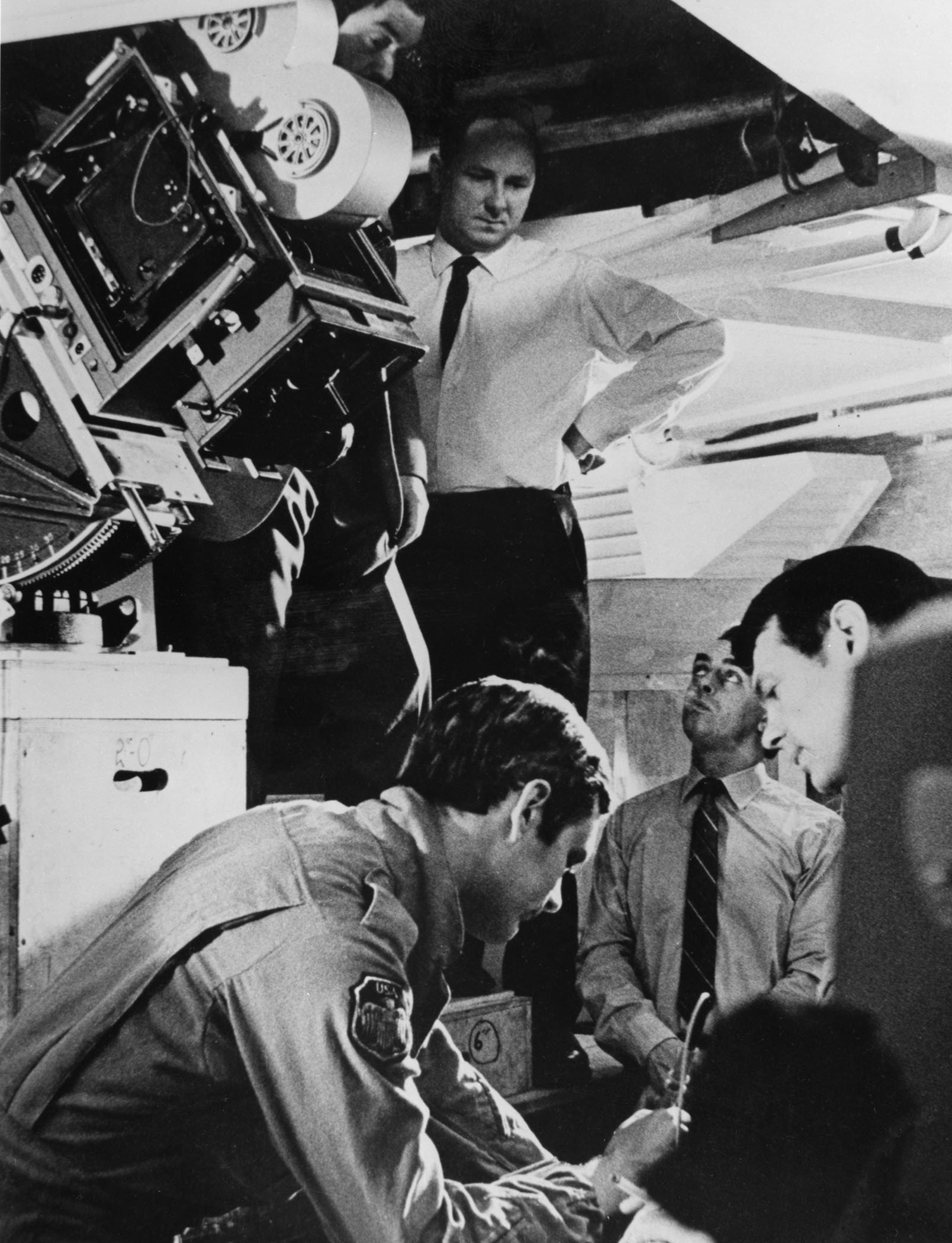 Filming 2001 A Space Odyssey The American Society Of Cinematographers Wiring Harness Kubrick Geoffrey Unsworth And John Alcott Prepare Shot On Actors Keir Dullea Gary Lockwood