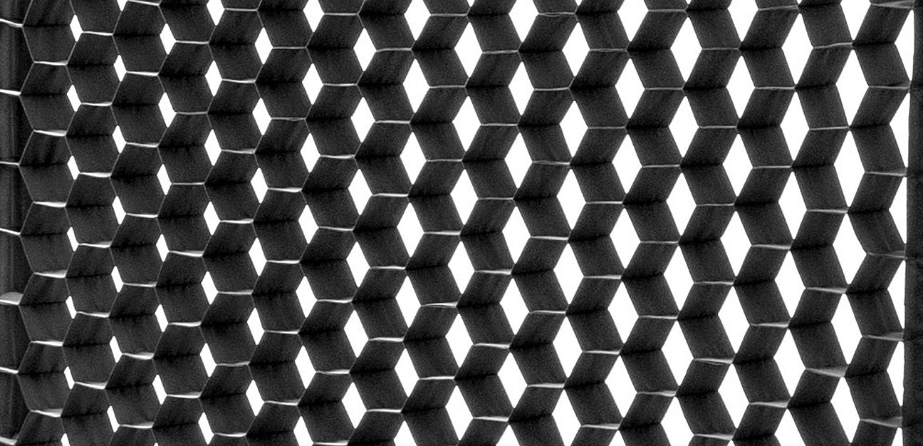 4X4 Snapgridhoneycomb 02 Feat