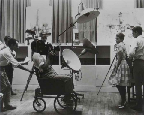 Filming Breathless (Credit: Raymond Cauchetier)