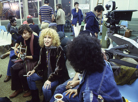 Midler with her band. (Credit: The Criterion Collection)