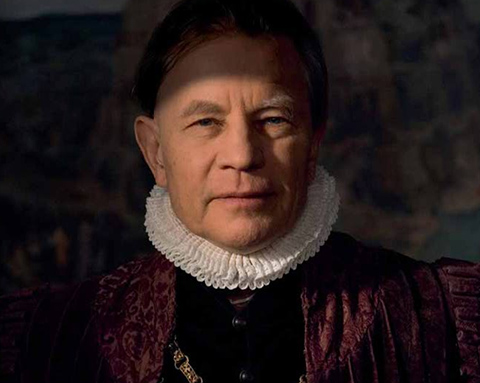 Michael York as Bruegel's patron