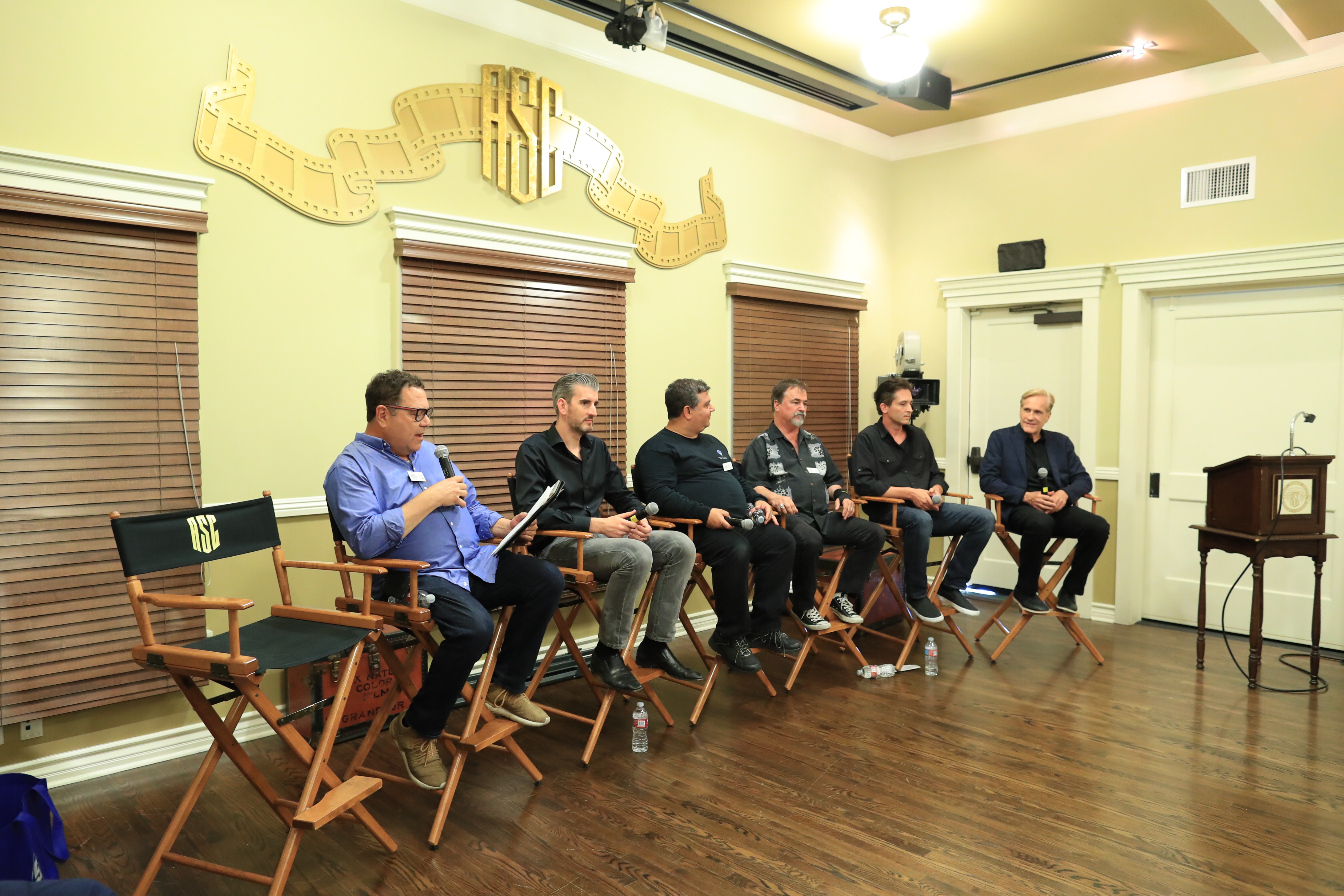 The panel discussing VR at the ASC Clubhouse was moderated by 3ality chief executive Steve Schklairand included David Stump, ASC; Virtual Reality Company chief executive Chris Edwards; director Randal Kleiser; Radiant Images co-founder Michael Mansouri; Sony Pictures Entertainment vice president of production technology Scott Barbour; and Virtual Reality Company founder/vfx artist Rob Stromberg. Photo by James Neihouse, ASC