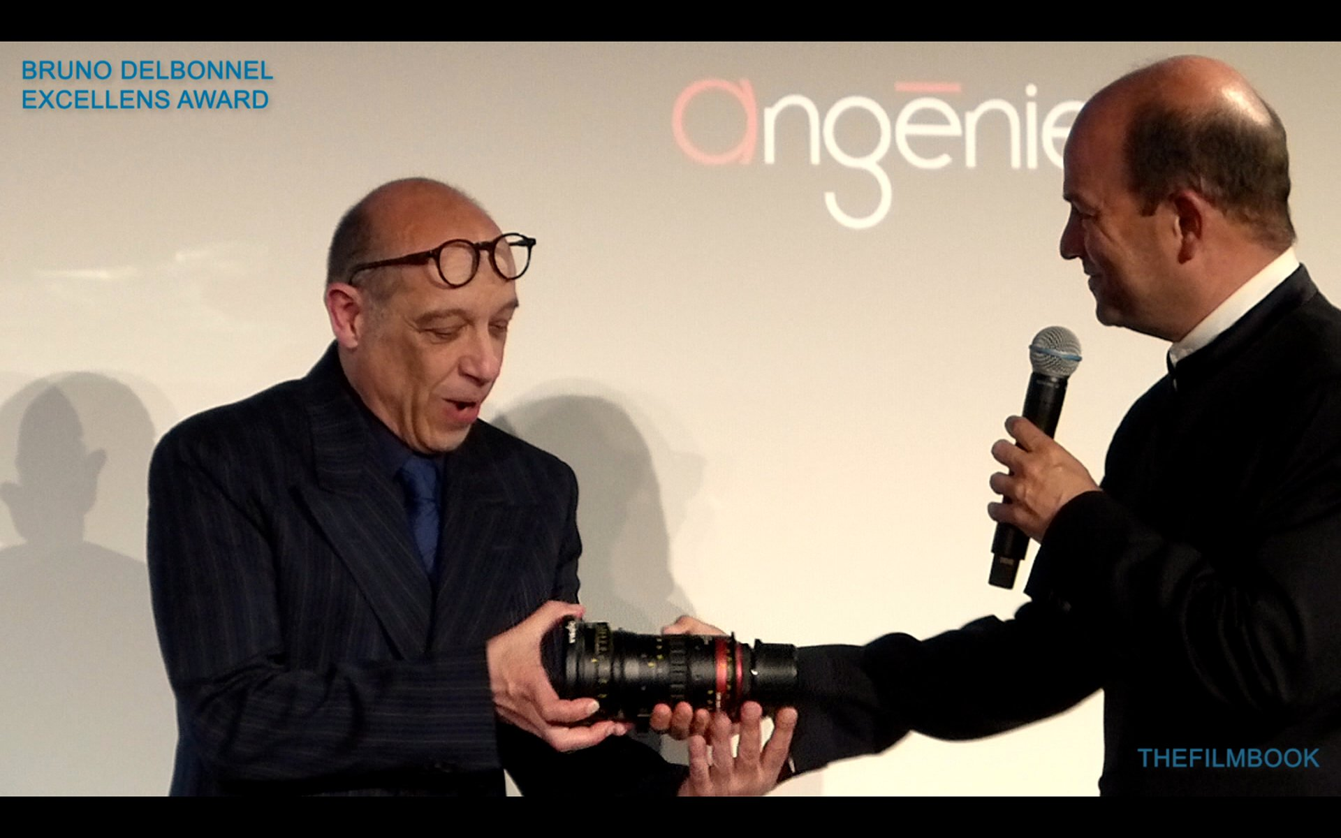 Bruno Delbonnel Accepting Angenieux Excel Lens Award From Emmanuel Sprauel Photo Benjamin B Thefilmbook