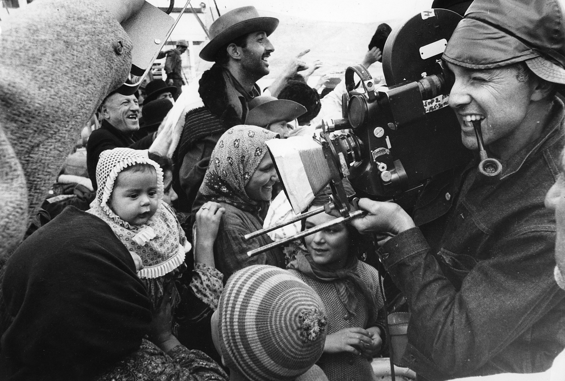 Haskell Wexler at work on Elia Kazan's America, America.