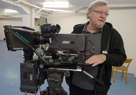 Geoff-Boyle-with-PS-Technik-Freestyle-Rig-and-2-Alexas-photo-benjamin-b-thefilmbook