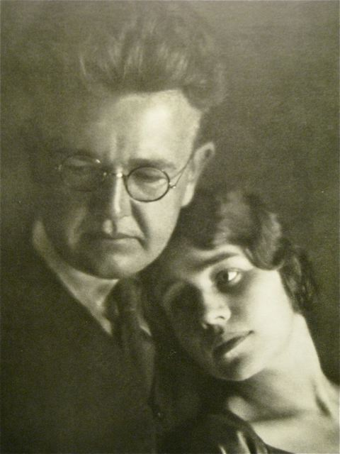 Karl and Ethel, photo by Edward Weston, 1923.