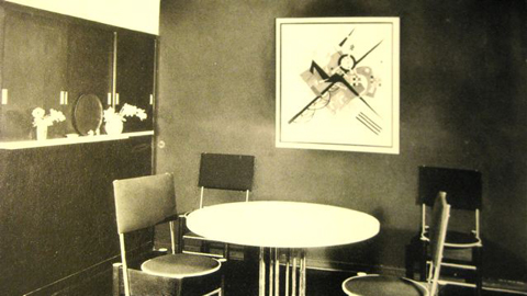 The Kandinsky dining room in his Bauhaus residence.