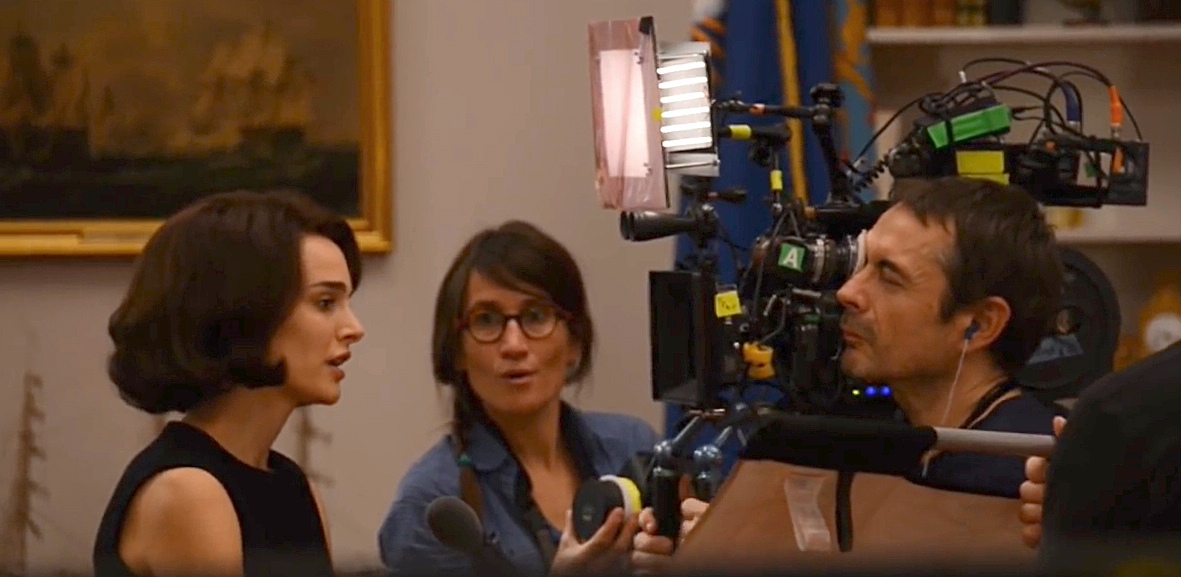 Natalie Portman, Camera Assistant Fabienne Octobre and Stéphane Fontaine with the Arri 416 on his shoulder