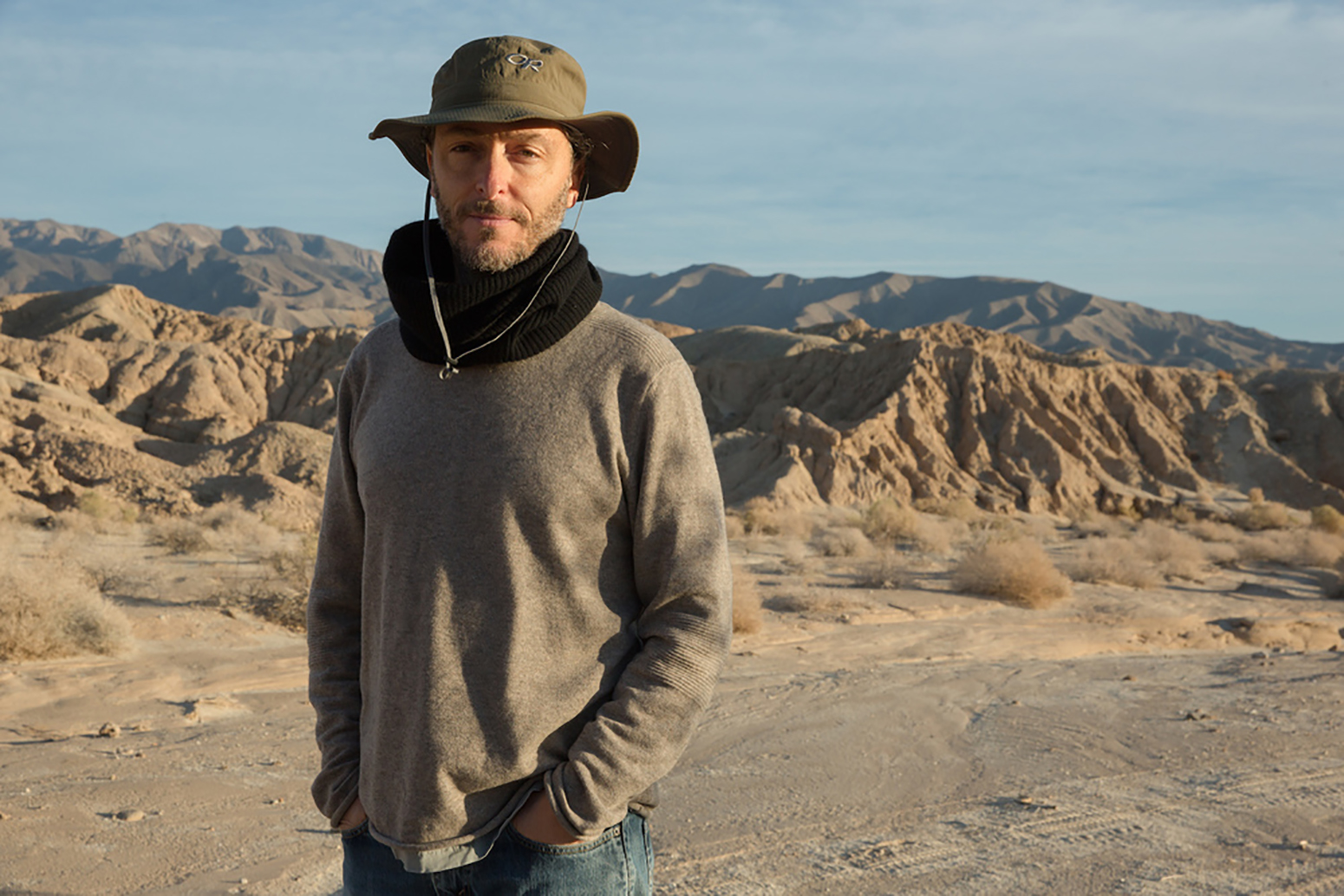 Lubezki on location. (François Duhamel/Broad Green Pictures)