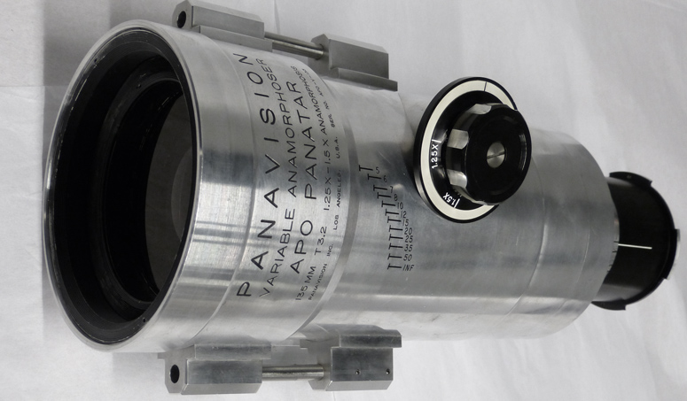 Panavision APV135 lens with variable anamorphoser