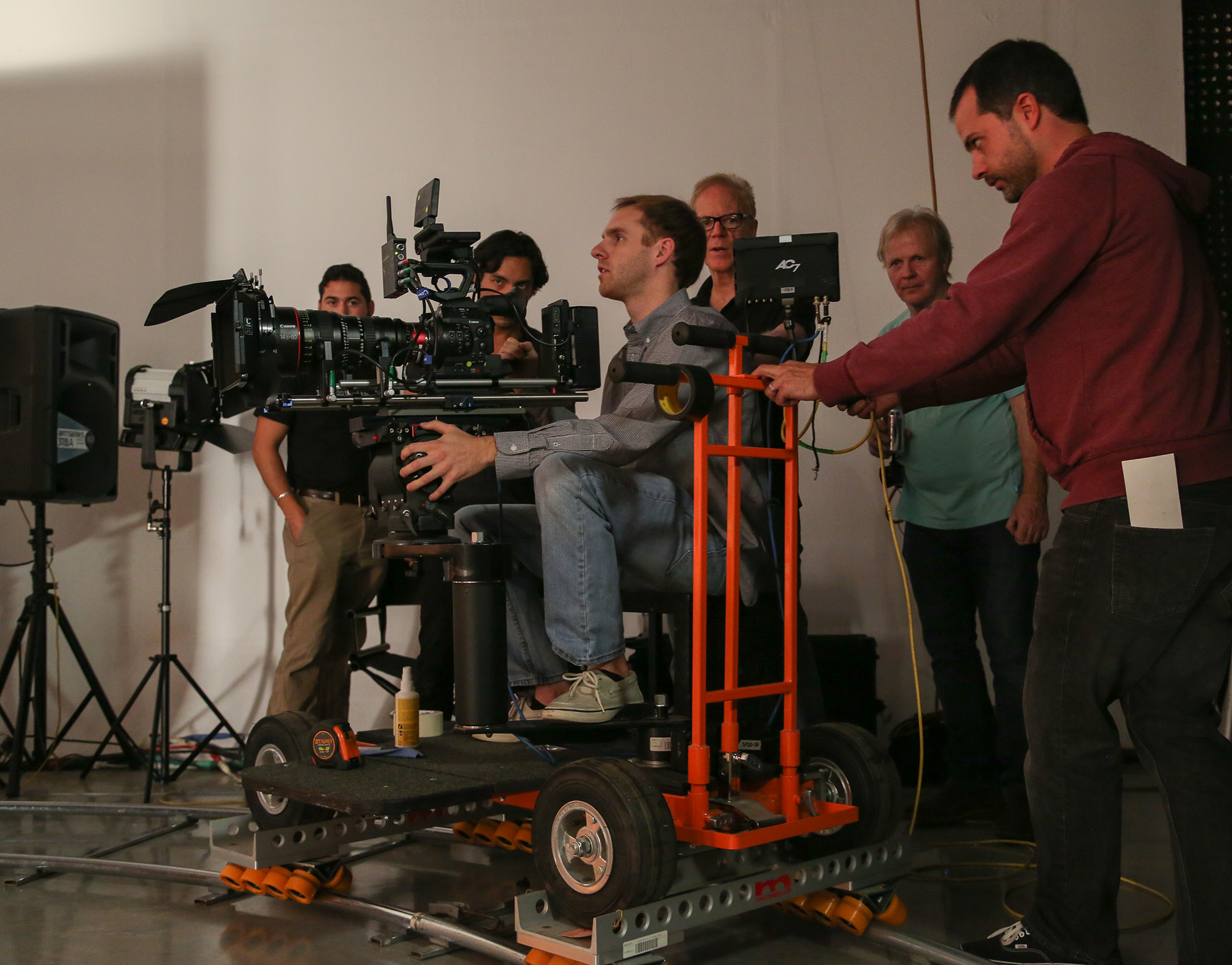 Crudo and Kenny (in background) watch students execute a dolly move. (Photo: Alex Beatty)