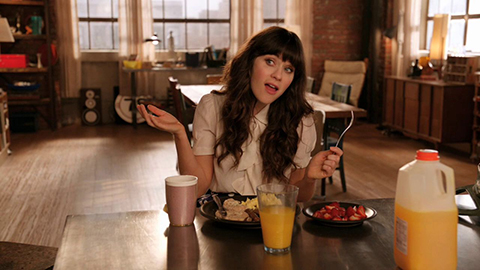 Zooey Deschanel in a scene from New Girl. (Credit: 20th Century Fox Television)