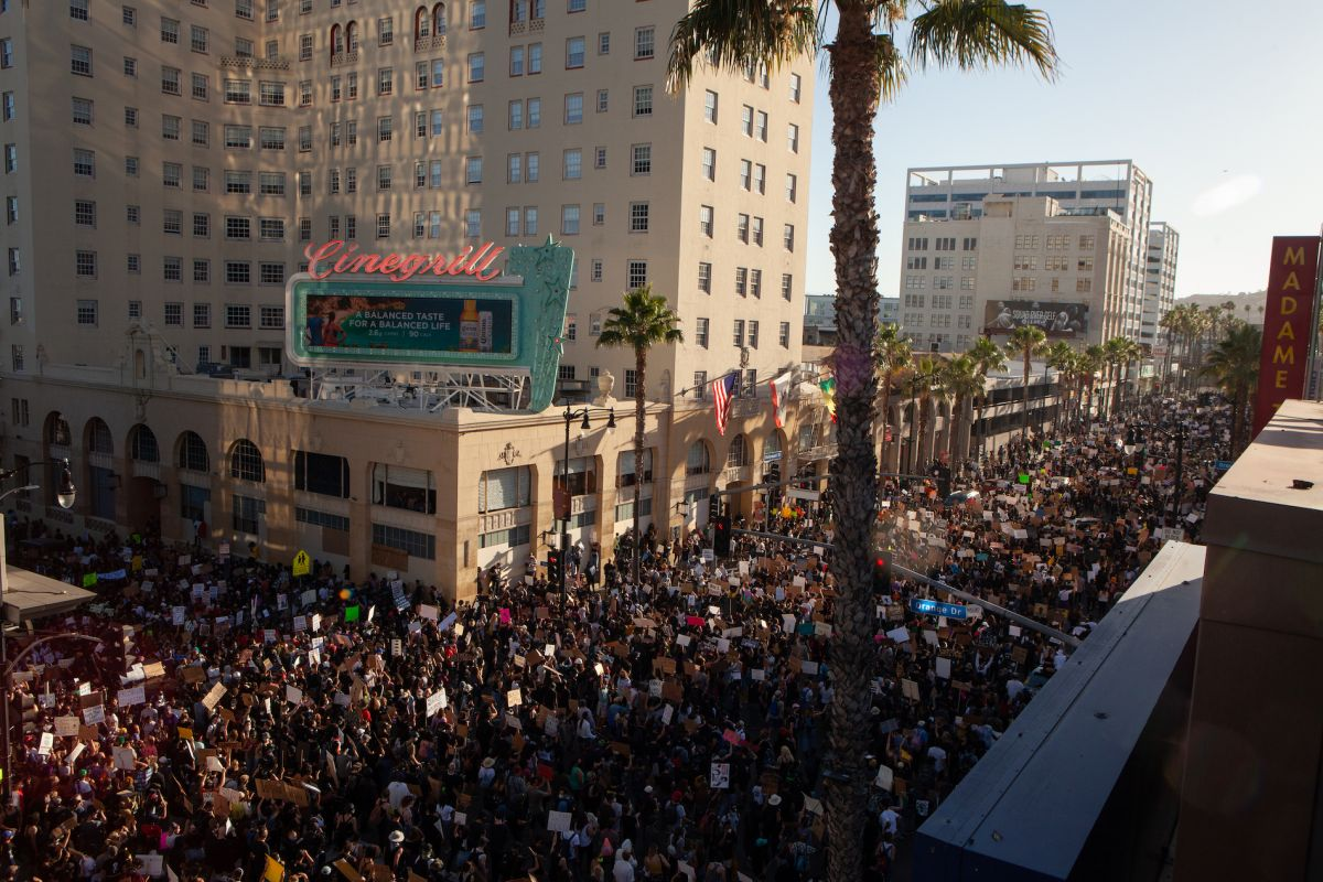 A recent protest on Hollywood Boulevard in Los Angeles. (Photo by Samuel Braslow.)