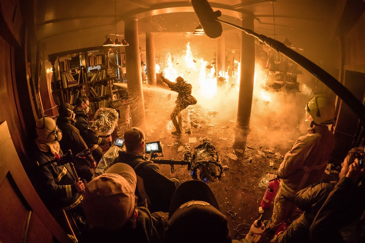 Fisher operates as the production turns up the heat in a fiery blaze. Cameras used on the show included Arri Alexa SXT and Mini, as well as a Arriflex D-21 modified for hand-crank capture.