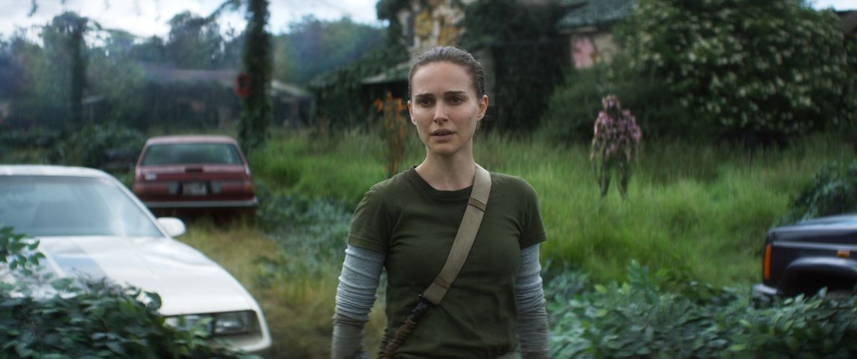Lena (Natalie Portman) explores the Shimmer in daylight.