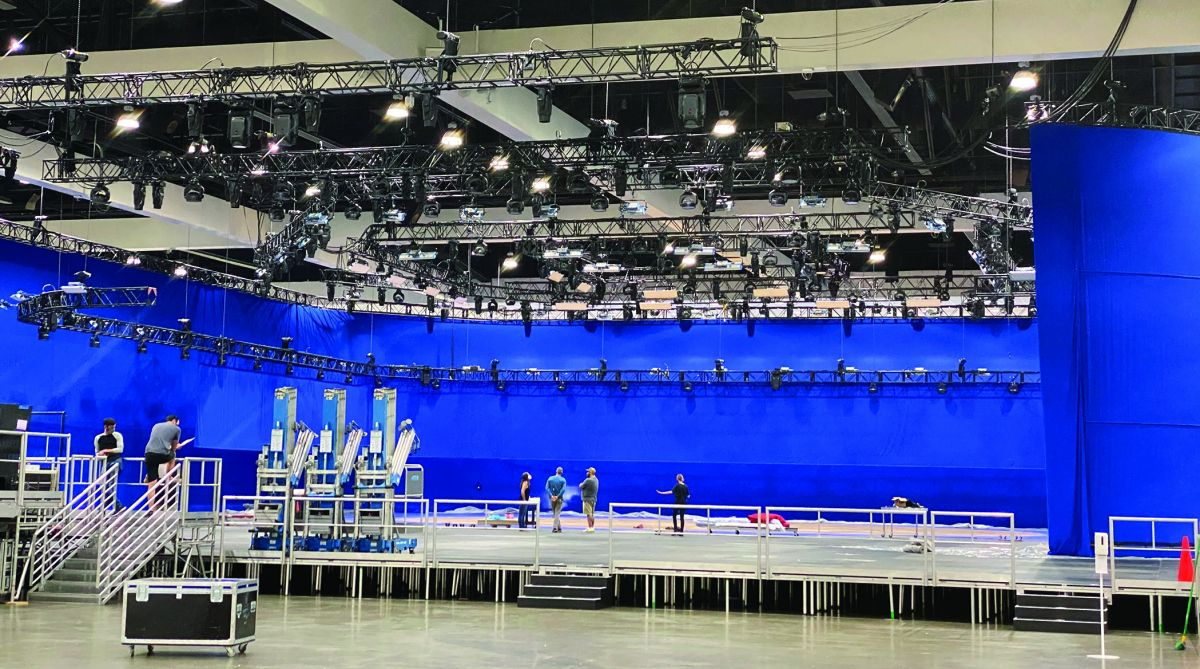 TRP Worldwide bluescreen rigged at a convention center. (Photo courtesy of TRP Worldwide)