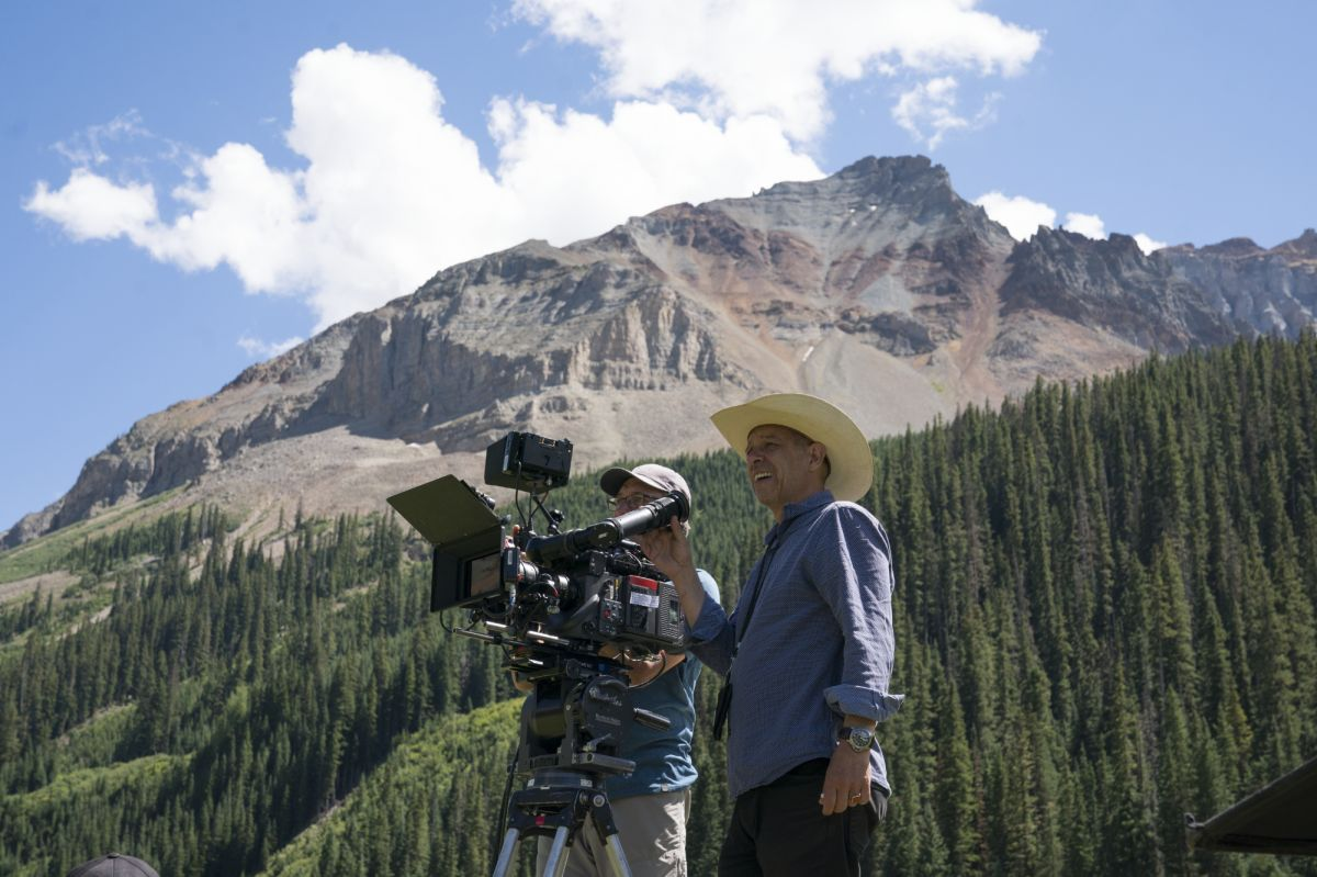 Delbonnel shooting on location in Colorado for The Ballad of Buster Scruggs (2018), directed by Joel and Ethan Coen. (Photo by Alison Cohen/Rosa Freres Coen)