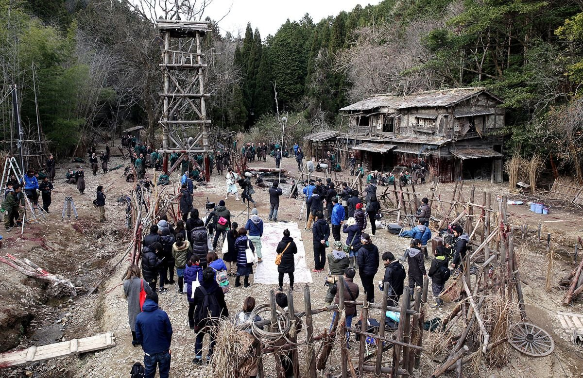 The production on location outside Kyoto, shooting on the expansive village set created by production designer Toshiyuki Matsumiya, set decorator Hiroshi Kiwanami and crew.