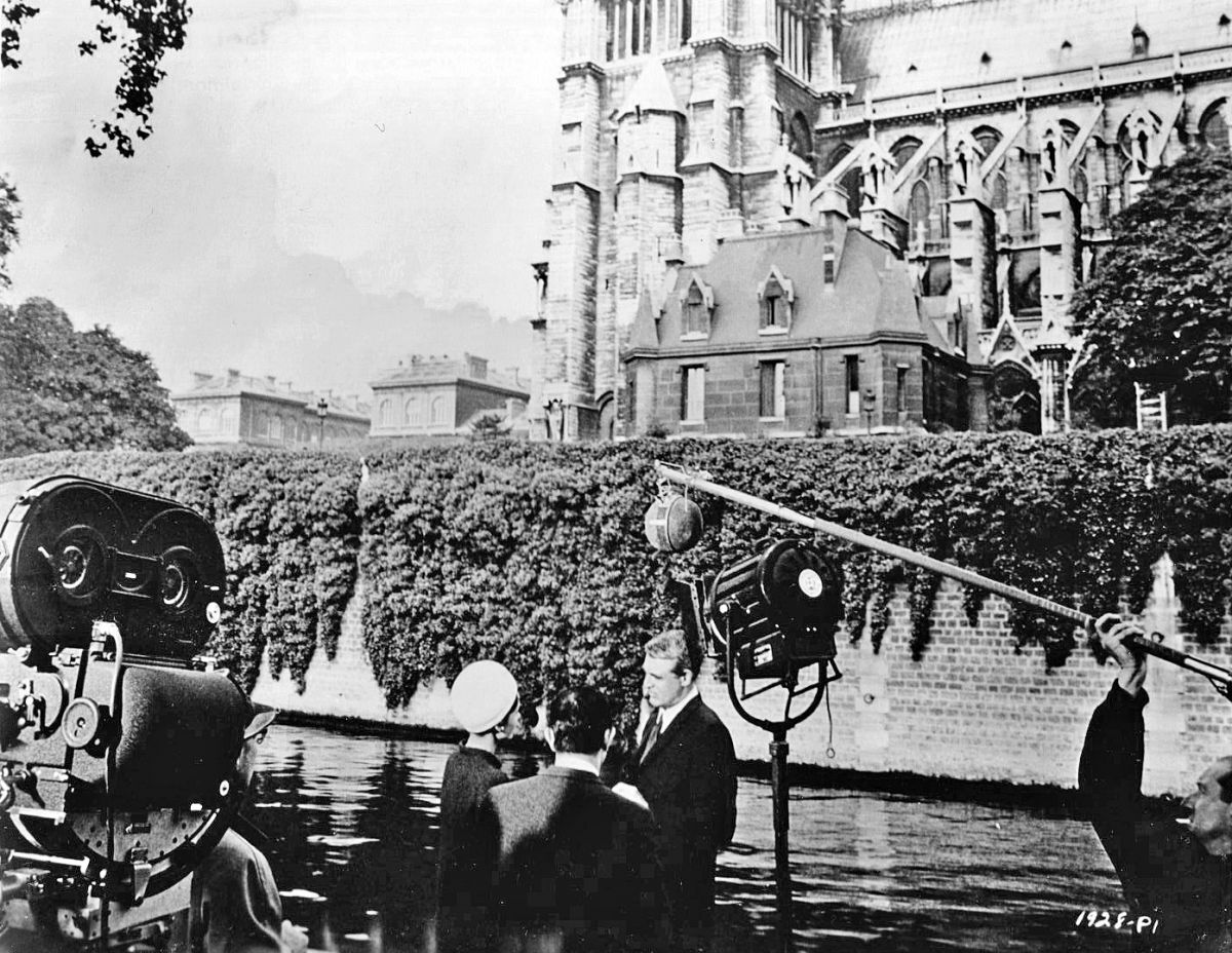 Filming in Paris with Notre Dame Cathedral as Hepburn and Grant's co-star.