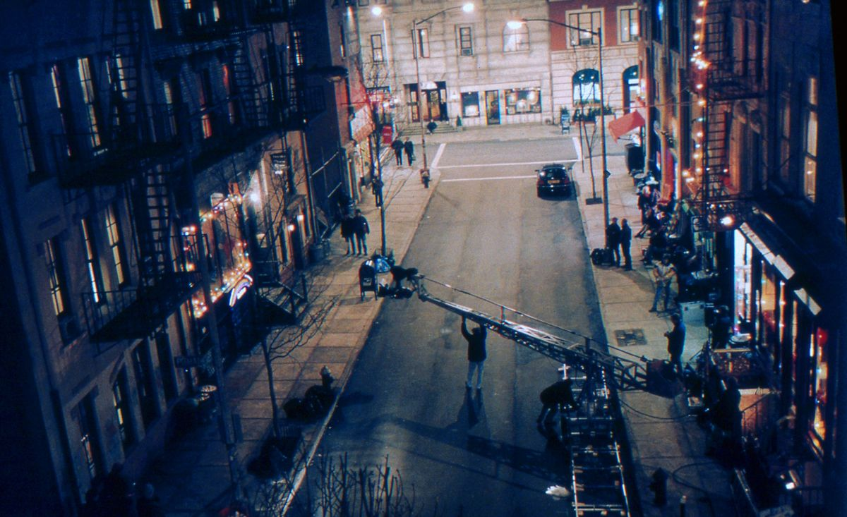 Shooting on the Manhattan street set at Pinewood. Four blocks of facades were dressed with authentic items shipped in from New York City.