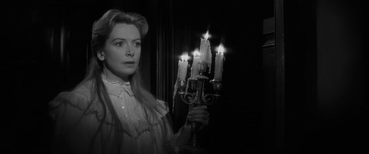 Governess Miss Giddens (Deborah Kerr) finds that things are amiss in the suspenseful yarn The Innocents (1961).