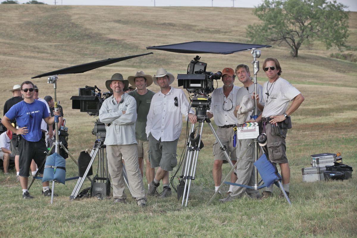 Jur and crew on location for the Fox series Lone Star (2010).