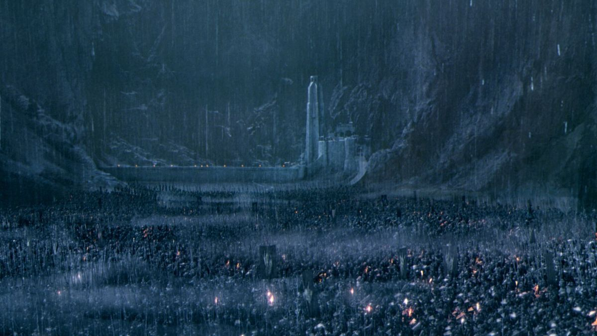 The Majestic Helm's Deep is beset upon by the forces of Darkness.