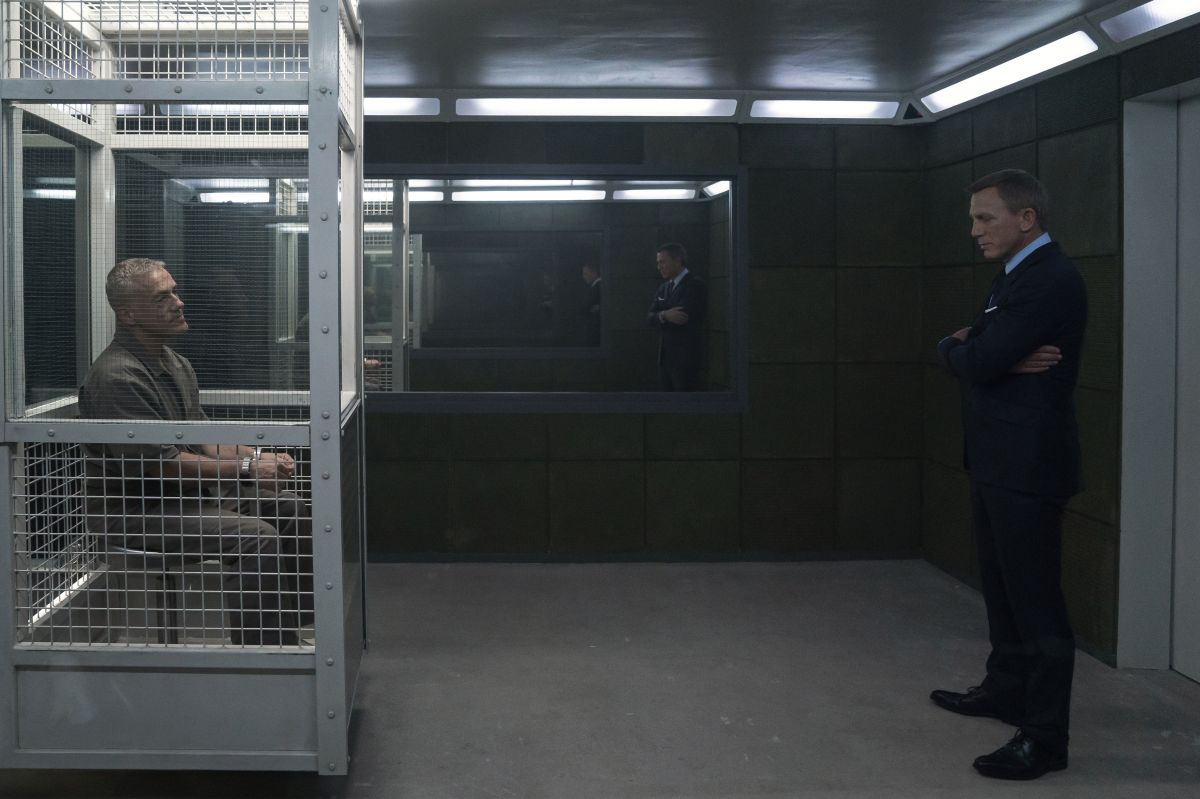 Bond seeks in answers from his arch-nemesis Blofeld (Christoph Waltz).