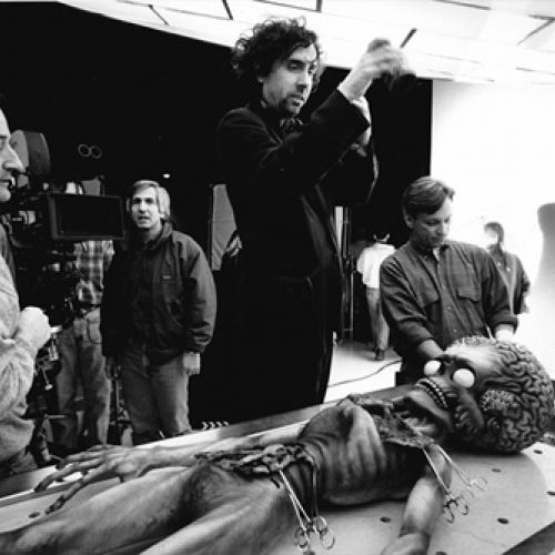 Peter Suschitzky and Tim Burton on set of Mars Attacks-