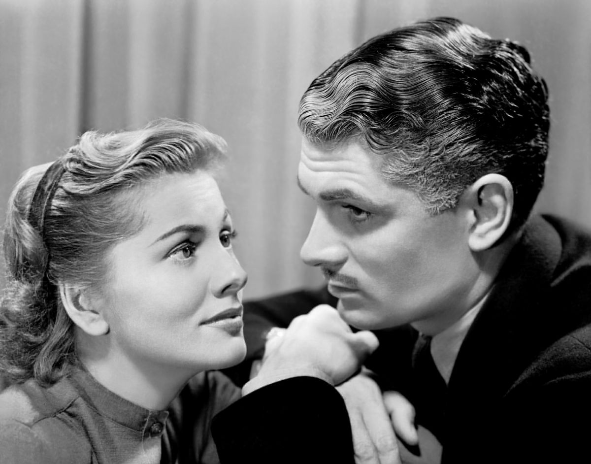 Casting was a key issue: Joan Fontaine and Lawrence Olivier, as Mrs. de Winter and Maxim de Winter.