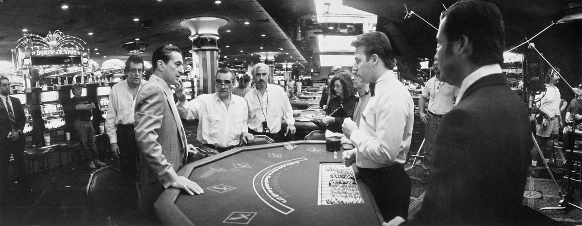 Richardson (center) and Martin Scorsese prep a scene with actor Robert De Niro while shooting the period crime epic Casino (1995) on location in Las Vegas. This was the first collaboration between the cinematographer and director.