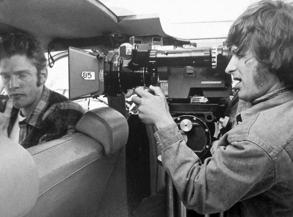 Spielberg examines a shot on Atherton.